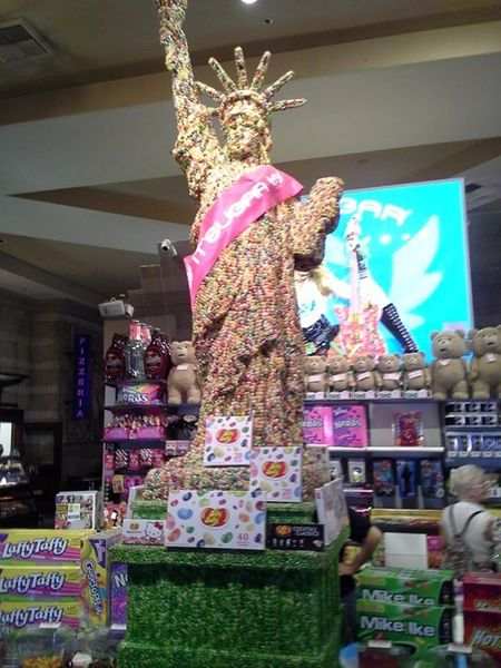 Statue of jelly belly