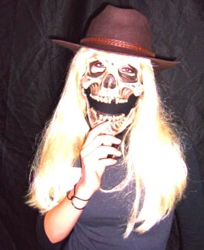 Carolanne hat